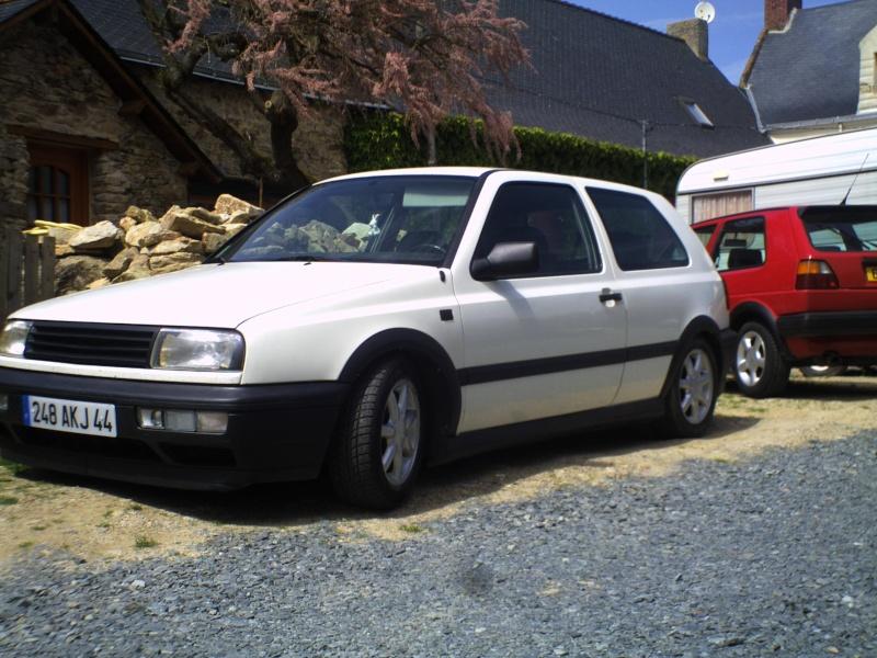 la MK3 black and white de kev...VW Pict0029