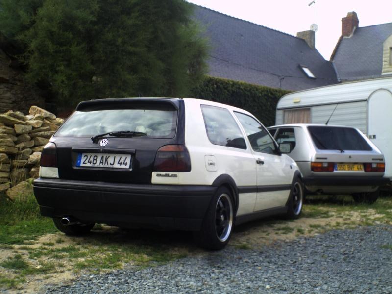 la MK3 black and white de kev...VW - Page 2 Pict0047