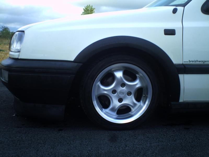 la MK3 black and white de kev...VW - Page 2 Pict0052