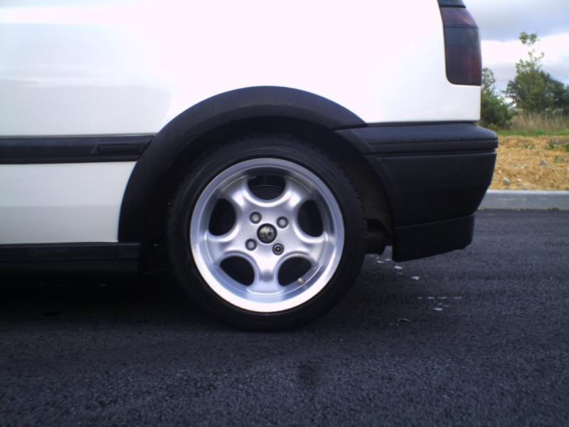 la MK3 black and white de kev...VW - Page 2 Pict0053