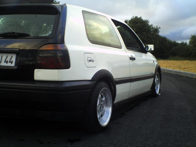 la MK3 black and white de kev...VW - Page 2 Pict0056