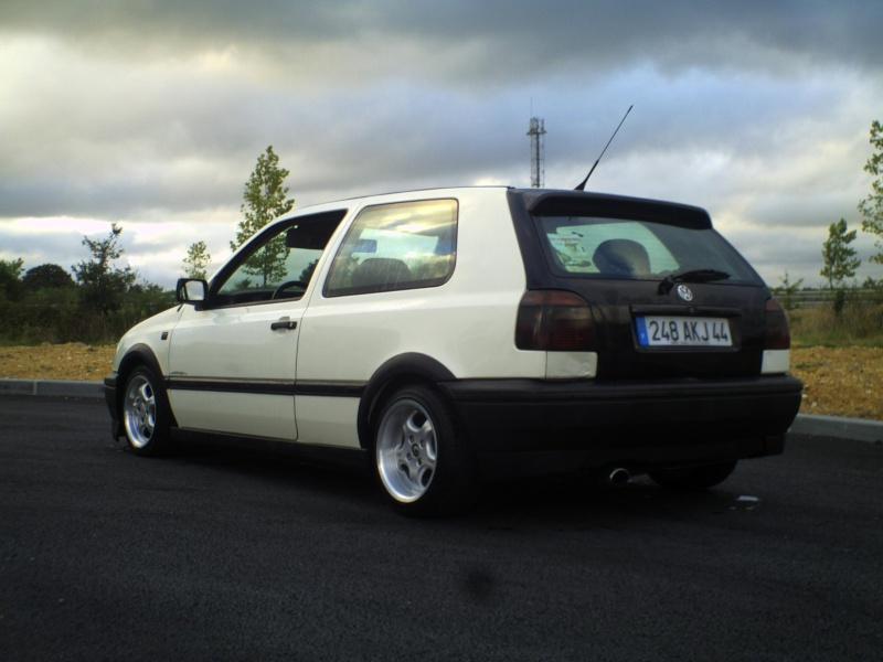 la MK3 black and white de kev...VW - Page 2 Pict0057