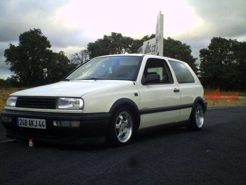la MK3 black and white de kev...VW - Page 2 Pict0058