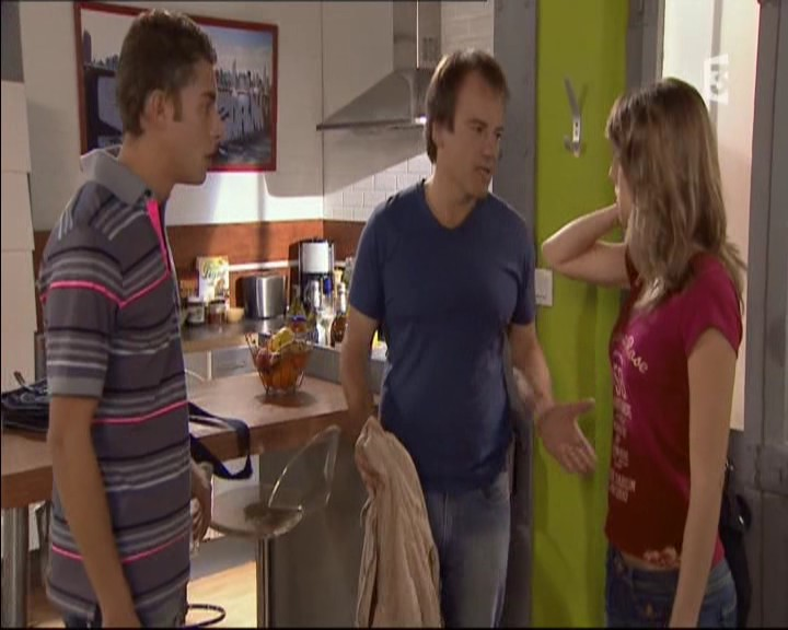 Episode du Lundi 20 Juin 2011 20110200
