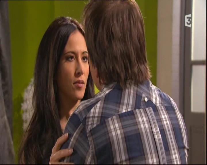 Episode du Mardi 31 Mai 2011 - Page 2 20112204