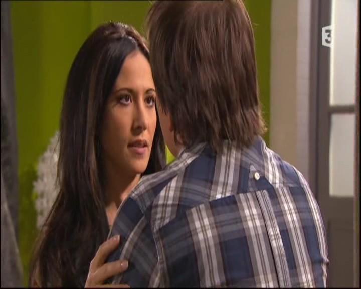 Episode du Mardi 31 Mai 2011 - Page 2 20112206