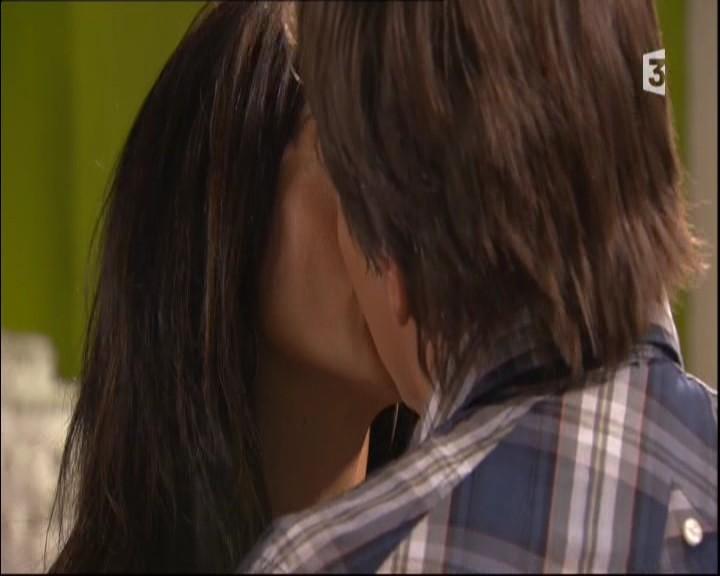 Episode du Mardi 31 Mai 2011 - Page 2 20112263