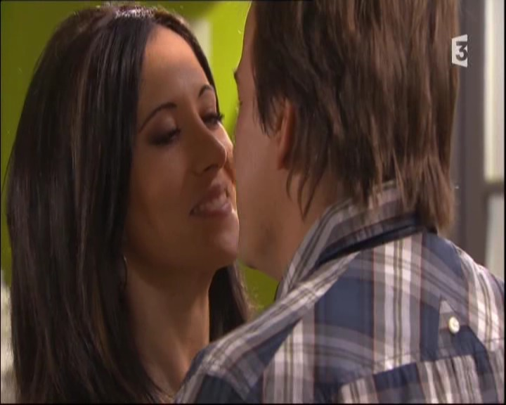 Episode du Mardi 31 Mai 2011 - Page 2 20112289