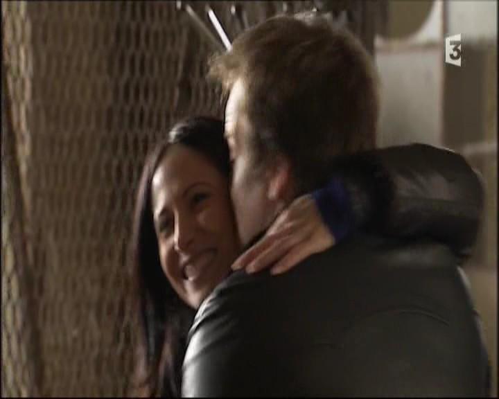 Episode du Mardi 08 Mars 2011 - Page 2 20116108