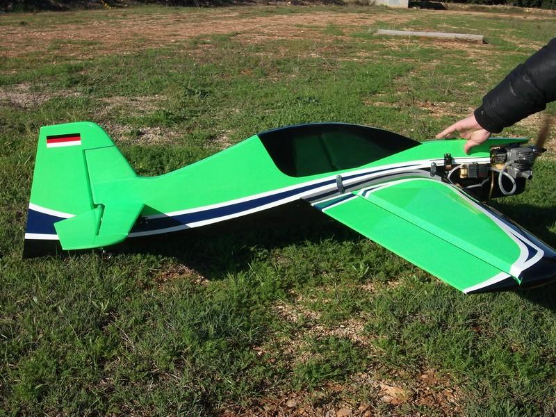 vendo avion sbahc 20cc completo Dscf0010