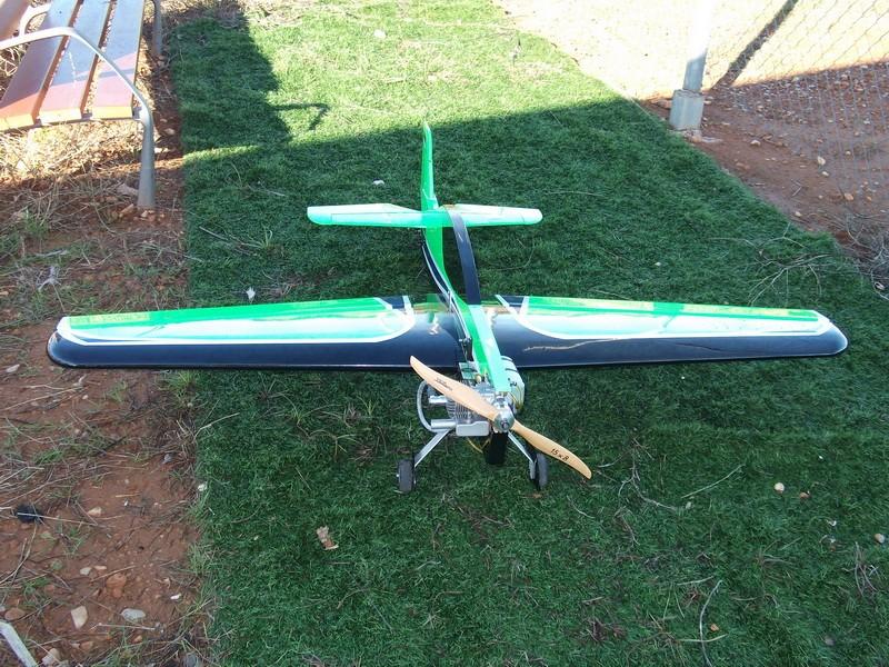 vendo avion sbahc 20cc completo Dscf0011