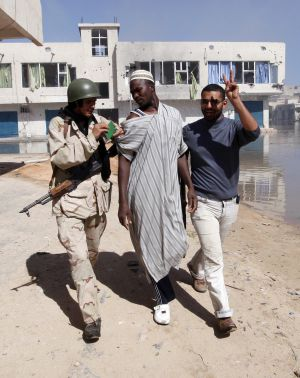 Revueltas en Yemen, Bahréin, Libia y Siria 13184210