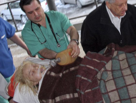 Ukranian ere torturatzen dute / En Ucrania también se tortura 13330310
