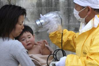 Catástrofe nuclear en Japón - Página 10 Cheque10