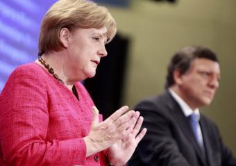 Capitalismo neoliberal: los beneficios, privados; las pérdidas, públicas - Página 2 Merkel10