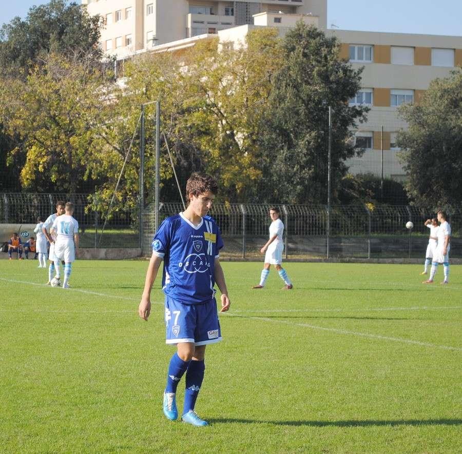 OLYMPIQUE DE MARSEILLE  :LE 11 NOVEMBRE 2012  LES U19 NATIONAUX OM ET LA  RESERVE OM .. UNE JOURNEE CORSE BIEN REUSSIE !!! - Page 2 Dsc_0113