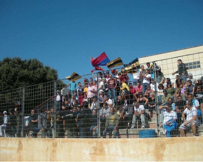 EUGA ARDZIV/ FC CALVI ...De l'Arménie à la Balagne  - Page 3 Public12