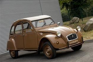 Mondial de l'Automobile 2cvher10