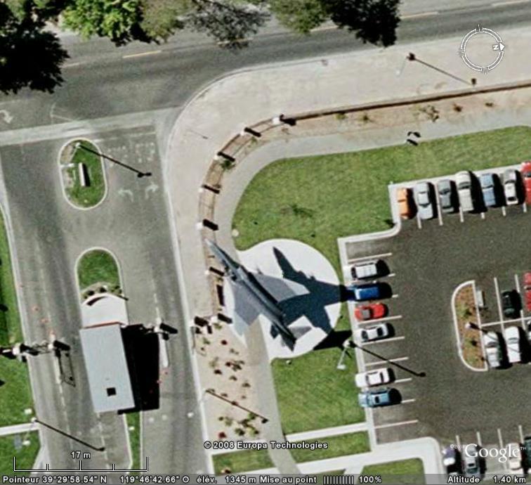 Un avion dans la ville - Page 8 F4f10