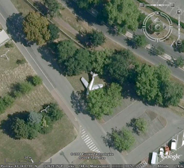 Un avion dans la ville - Page 7 Mister11