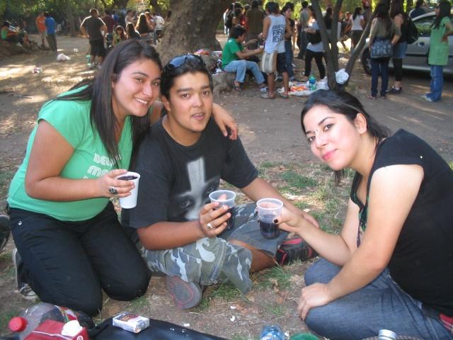 ya kauritos , ke komience la fiesta!!pongan su fotito O_00110