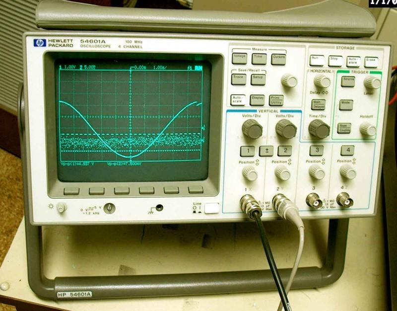 Ca ressemble à quoi un signal d'un satellite ? Oscill10