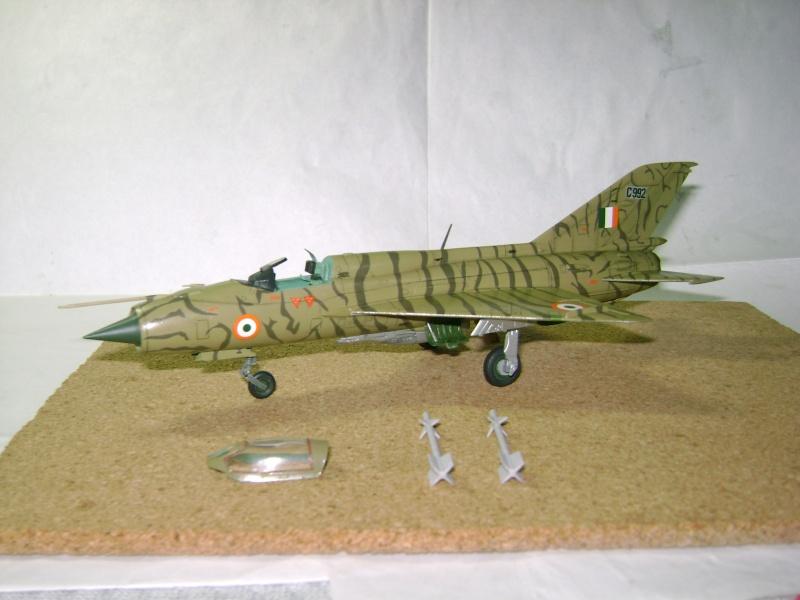 MiG-21 PF(later) INDIAN TIGER FUJIMI 1/72 Nuevas15