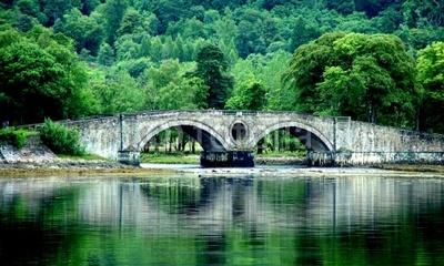 Vieux ponts de pierre en Ecosse 400_f_10