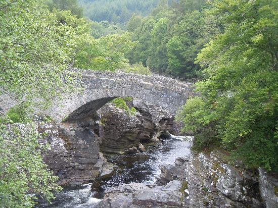 Vieux ponts de pierre en Ecosse Inverm10