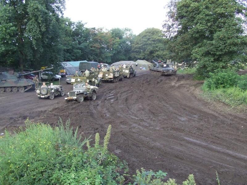 tanks in town Dscf0511