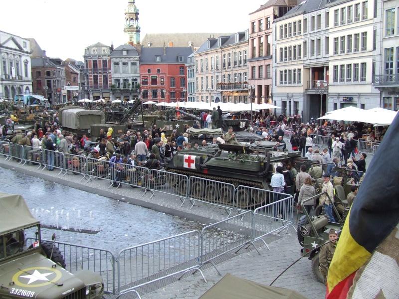 tanks in town Dscf0613