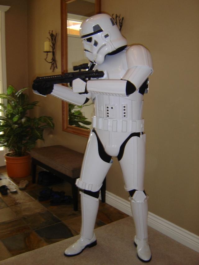 Les différents costumes fan-made de stormtrooper Mysuit12