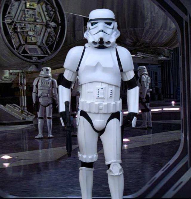 Les différents costumes fan-made de stormtrooper Te210