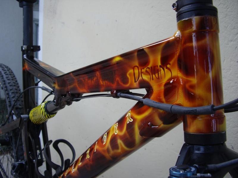 Un Decathlon en feu Imgp0313
