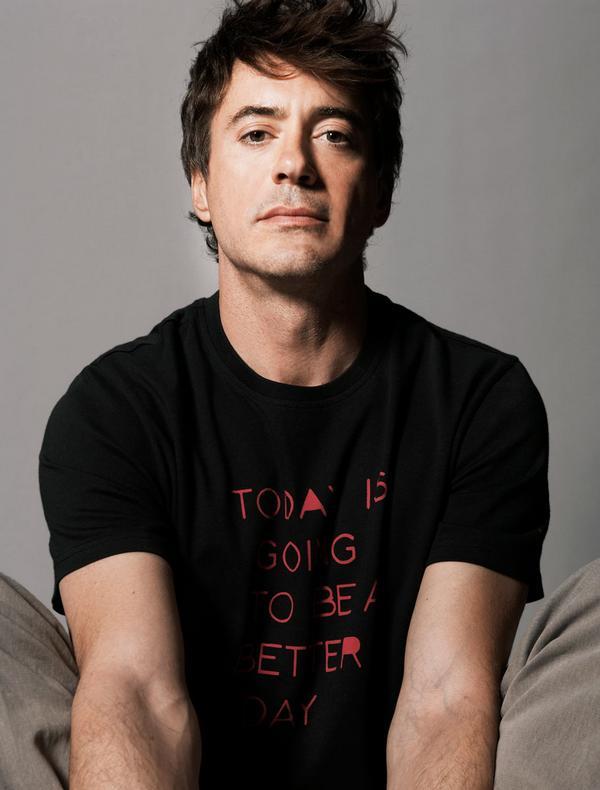 Robert Downey Jr L_136a10