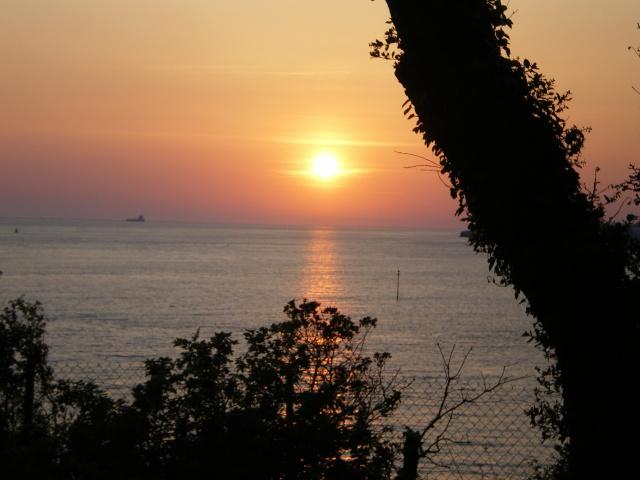 LES COUCHERS DE SOLEIL. et lever de soleil Imgp0143