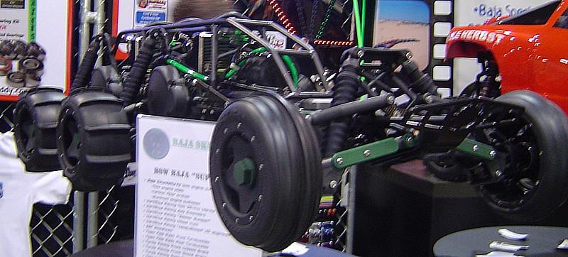 Hpi baja 6 x 4 Bi-motor Dsc02813