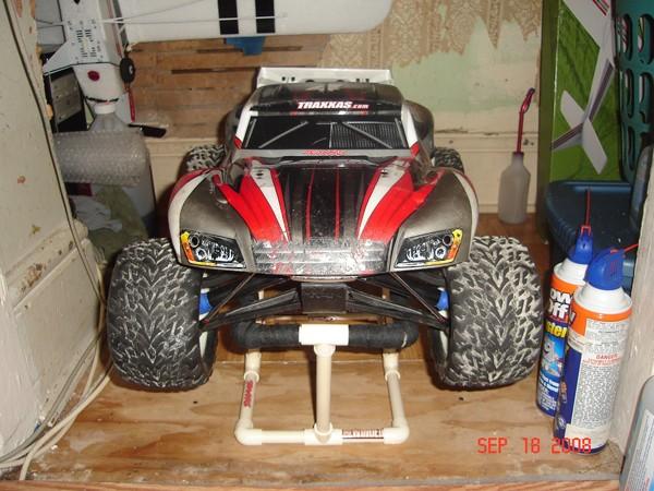 Carro Slayer sur Revo Dsc04510