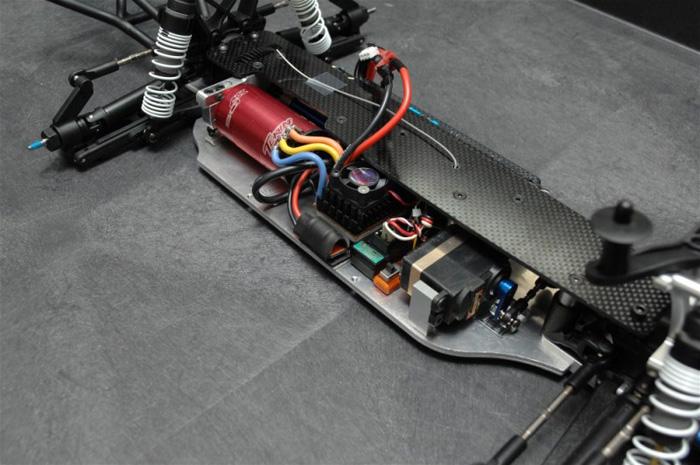 [NEW] Châssis LCG pour Slash 4WD par STRC/ST Racing Lcg110