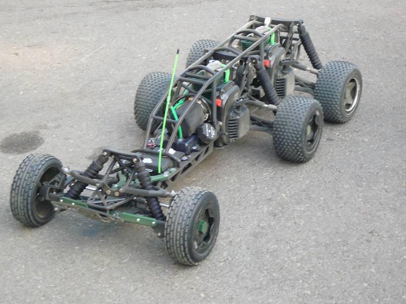 Hpi baja 6 x 4 Bi-motor Om337410