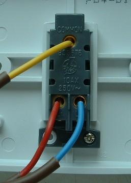 الاسلاك الكهربائية وربطها بالمفاتيح Tw710