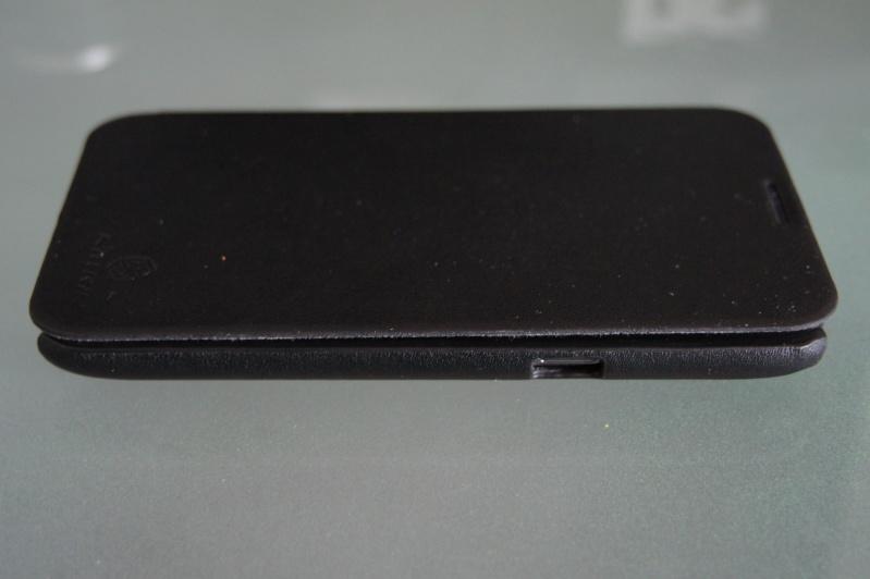 [ACCESSOIRE] Nillkin Pouch Housse en cuir flip +protection d écran  Dsc00416