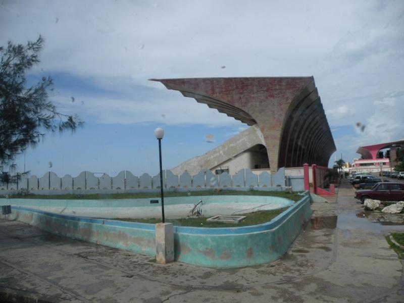 LA REALIDAD CUBANA MEDIANTE LA IMAGEN: 1959-PRESENTE - Página 3 Parque10