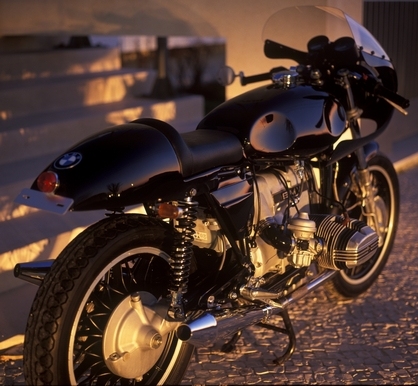 BMW Cafe Racer R100RT The Blaxer The_bl10