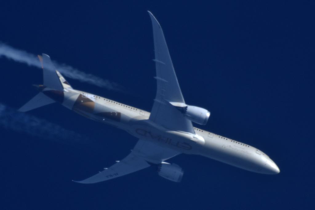 Oradea - aeronave in zbor - Pagina 38 A6-bln11