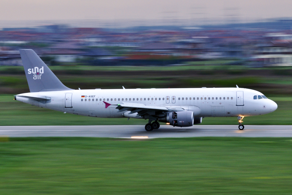 Aeroportul Oradea - Aprilie 2019 D-asef10