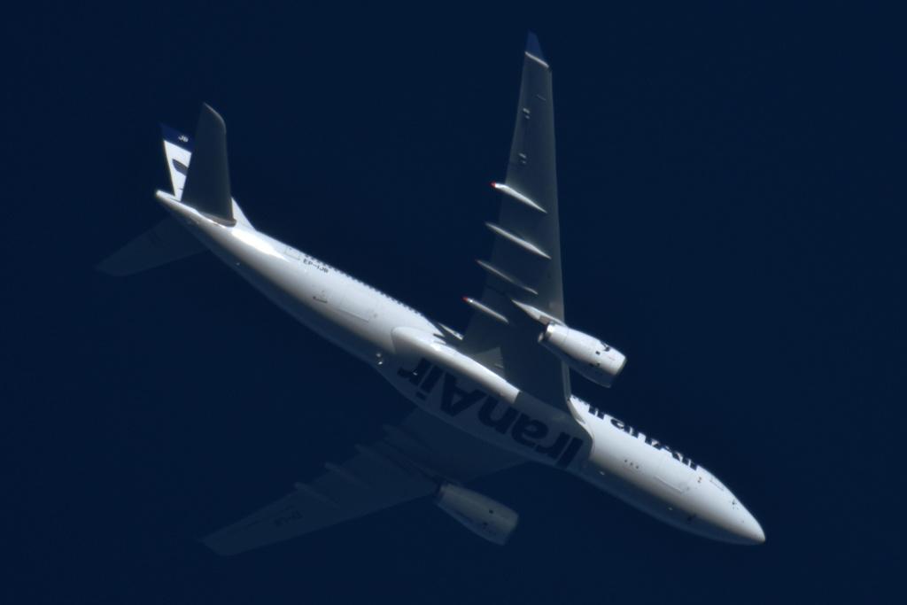 Oradea - aeronave in zbor - Pagina 38 Ep-ijb10