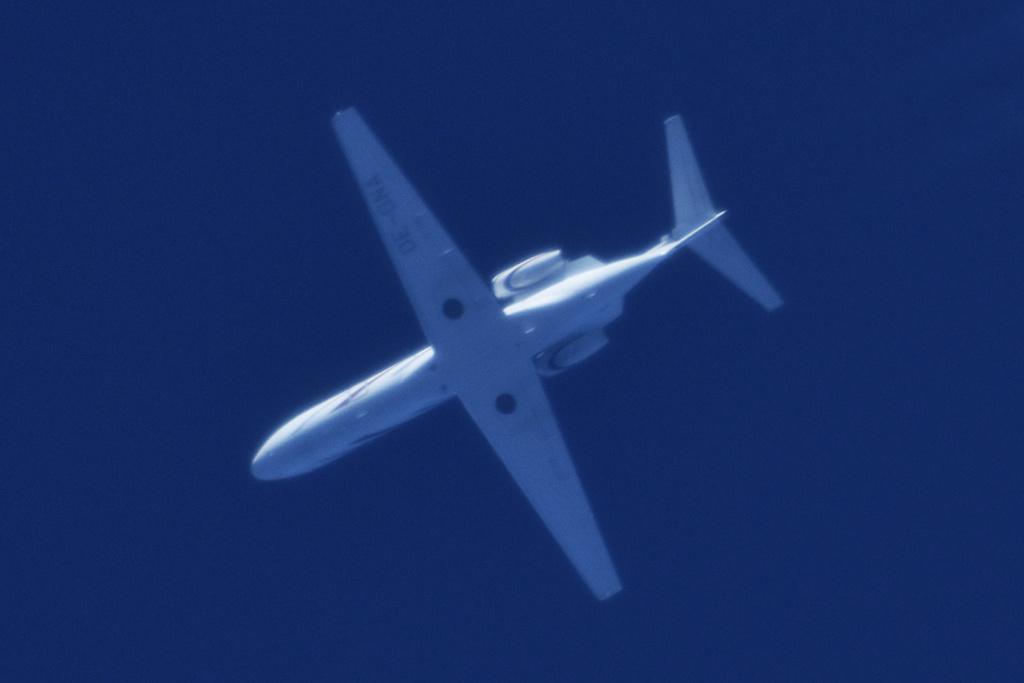 Oradea - aeronave in zbor - Pagina 38 Oe-gna11