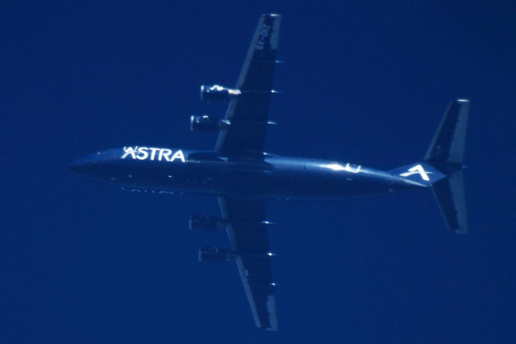 Oradea - aeronave in zbor - Pagina 38 Sx-diz12