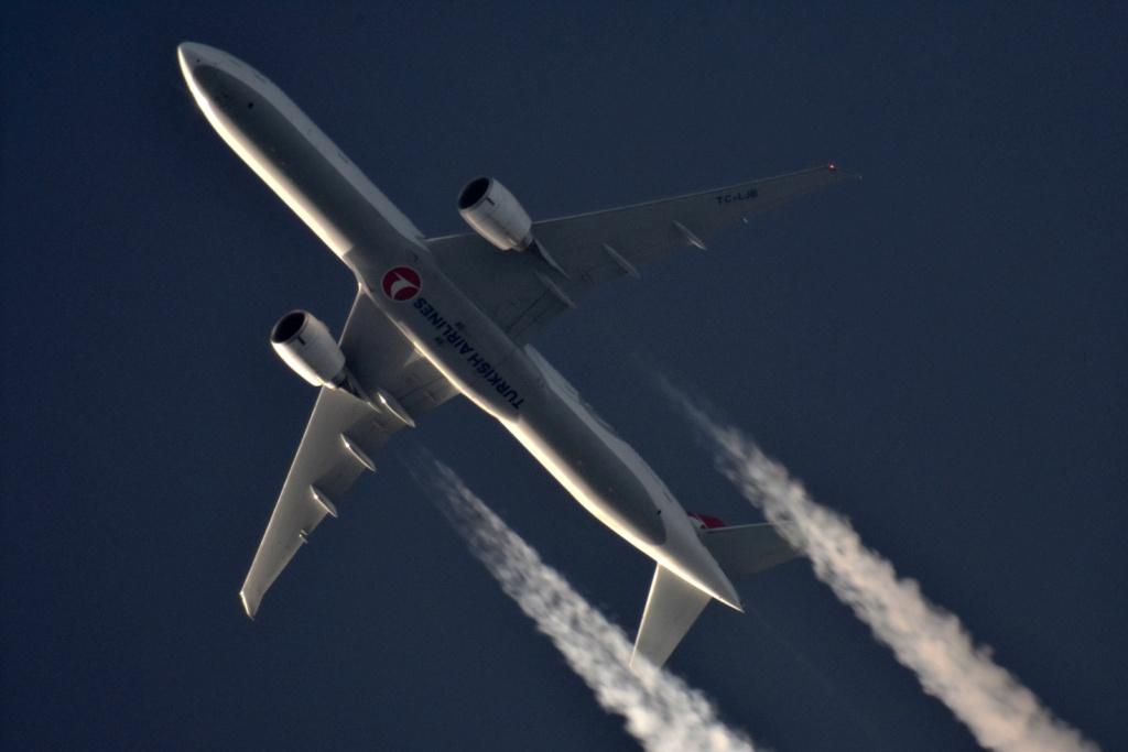 Oradea - aeronave in zbor - Pagina 38 Tc-ljb10